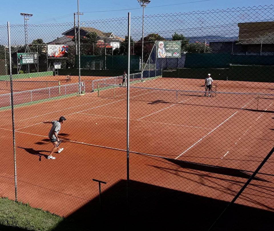 História da Léo Tennis