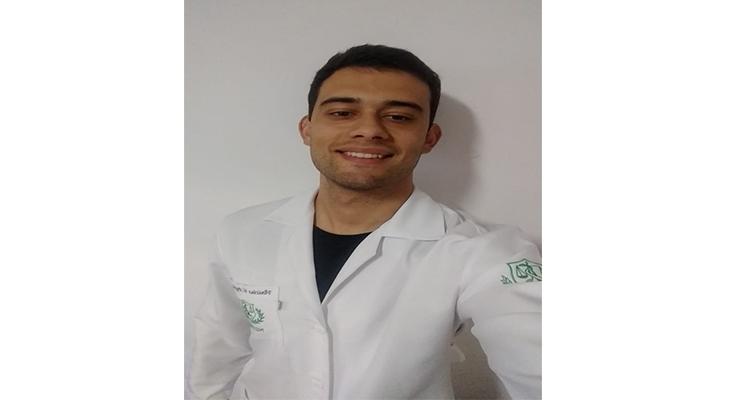 Vinícius Vigliazzi Peghinelli CRN 57653 - Nutricionista